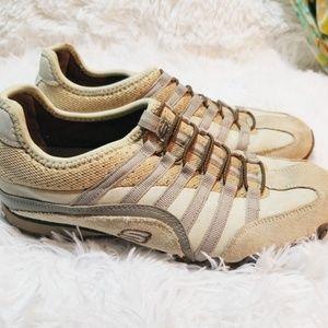 Sketchers tan and beige slip on sneakers sz 6.5